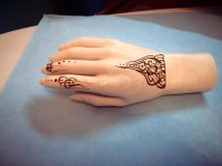 tatouage-caftan-cérémonie-henné-oriental-henna-strasbourg-alsace-brumath-haguenau-selestat-schiltigheim